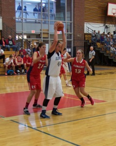 SMCC center Alicia Hoyt prepares to go to the basket against UNB- St.John's on Sunday. Alicia lead the Seawolves with 14 points.