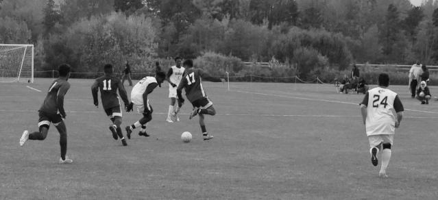 M Soccer vs UMM 03