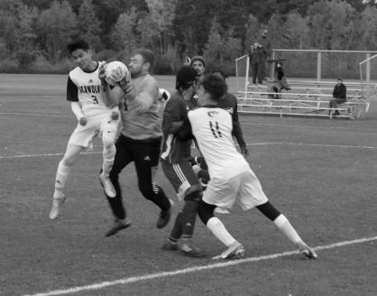 M Soccer vs UMM 06